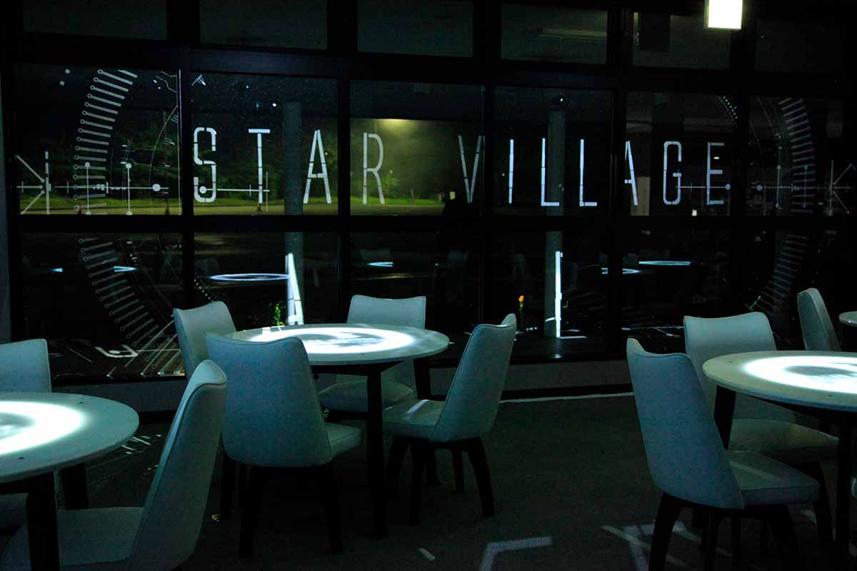 Star Village Caf By Naked  Naked Inc  -9040